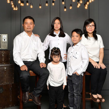 studio photo keluarga